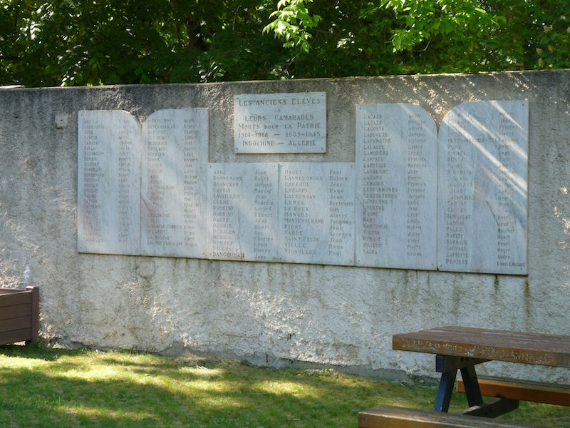 Mémorial des anciens élèves