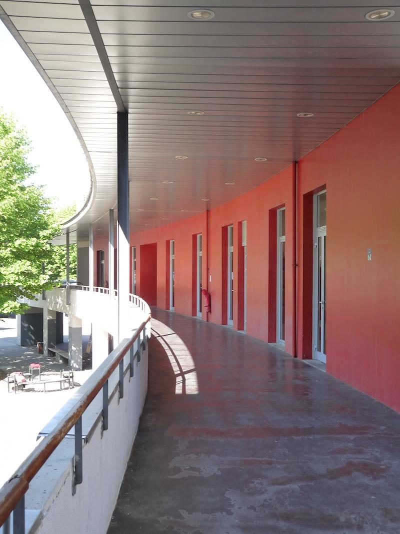 Mezzanine du bâtiment principal